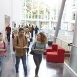 Pourquoi les salons pour les étudiants gardent-ils la côte ?