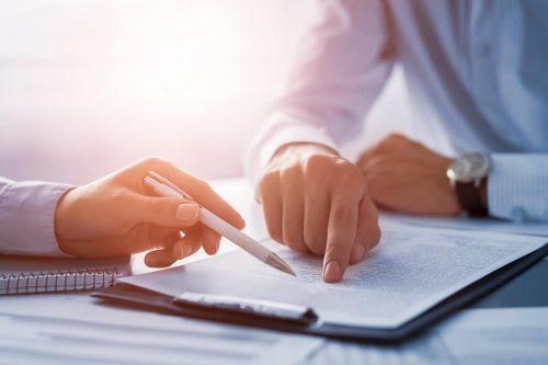 signature d'un contrat de prestations de services